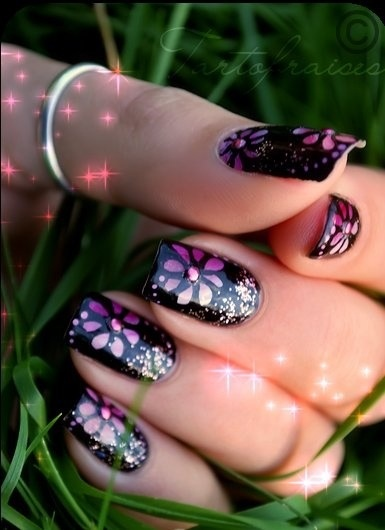 Cute pink / purple flower nail art with gem sequins and glitter.