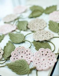 Crochet flower garland  http://www.juxtapost.com/site/permlink/6ec31240-b9bb-11e1-92bd-9fb3a35fbe8f/postsimilar/crochet_penny_garland_by_emma_lamb/