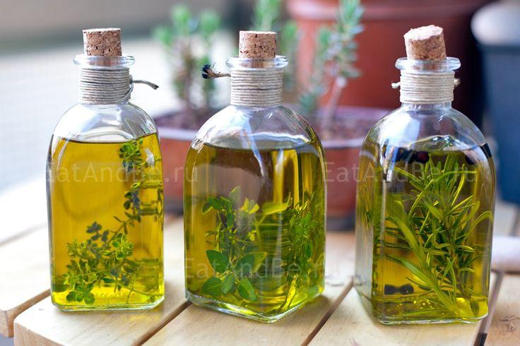 Olive oil: rosemary and juniper berries, lemon thyme, basil leaved