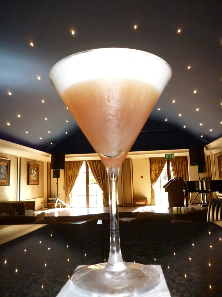 """French Martini with Pineapple Foam"" Molecular Cocktail at the Elysium – 5 Star hotel in Cyprus"