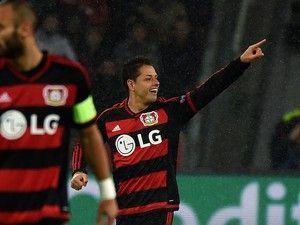 West Ham United's David Sullivan hails 'proven goalscorer' Javier Hernandez