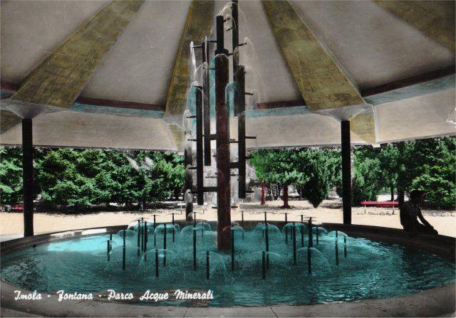 Fontana circolare Parco Acque Minerali anni 60