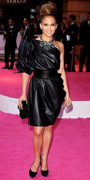 """Jennifer Lopez in Lanvin Spring 2010 dress, Ferragamo heels, and Jimmy Choo 'Cecile' clutch at the London premiere of """"The Back-Up Plan"""", April 2010"""