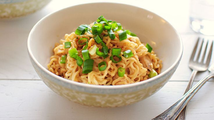With just 4 ingredients, turn a package of ramen into a gourmet meal with leftover shredded chicken and a nutty peanut sauce.