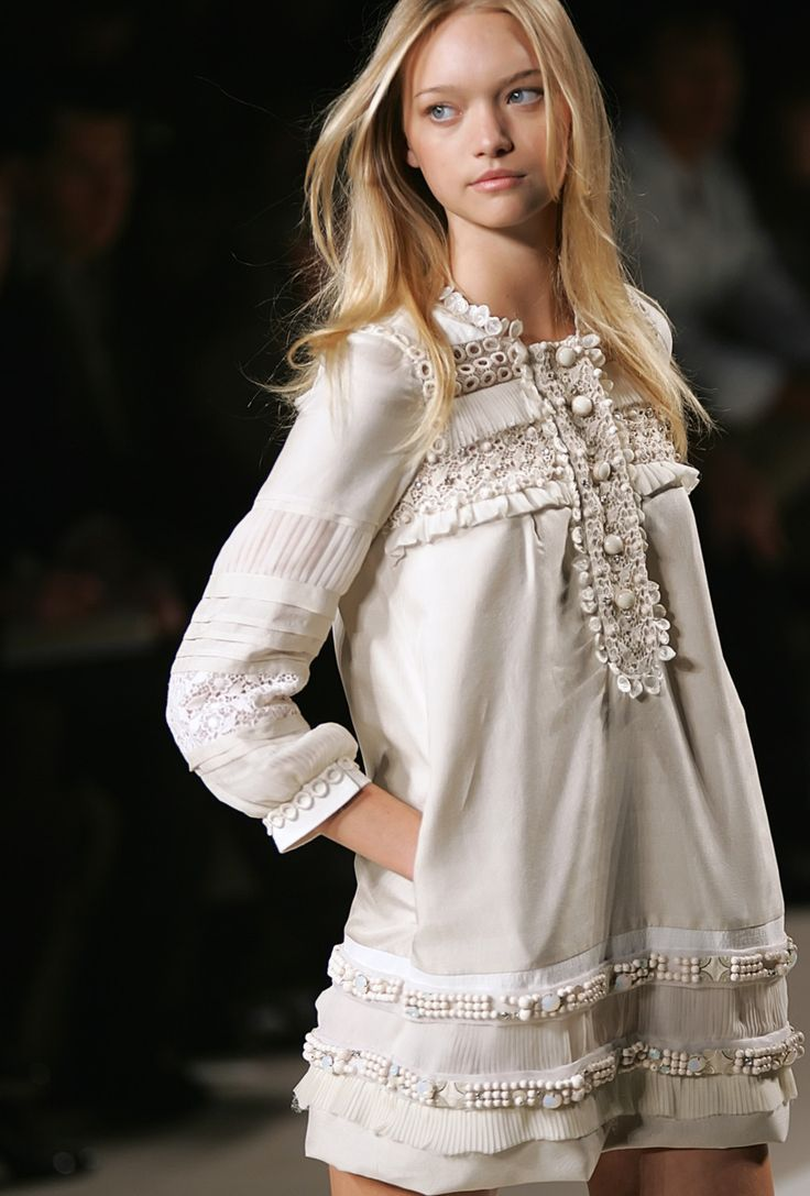 Delicate and feminine. I would add a cognac leather jacket for layering... > great idea...!!