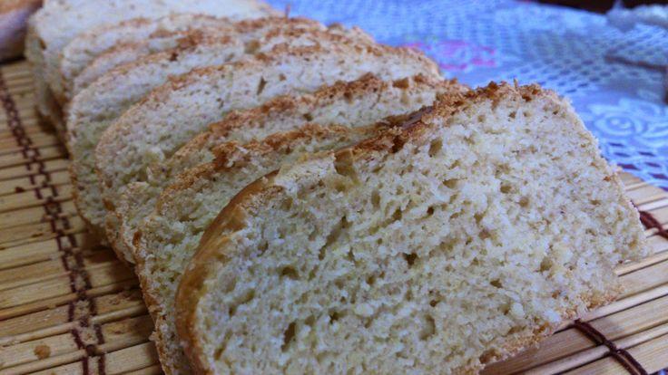 Pão de Estrelas:     1 ovo   1 clara, separar a gema para bater com duas gotas de azeite e passar em cima do pão para corar.   3 copos de r...
