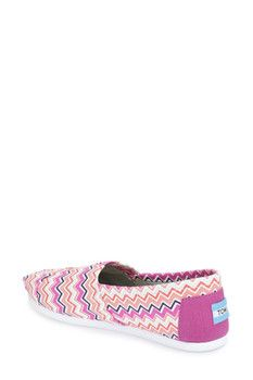 TOMS Classic Chevron Slip-On Shoe