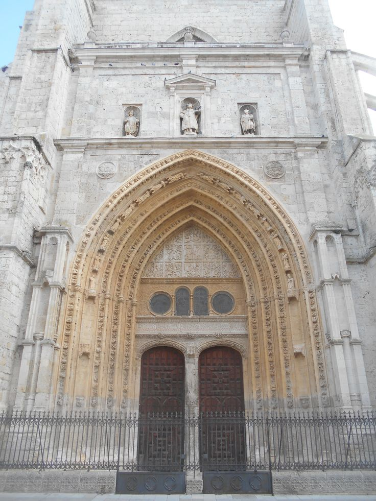 Puerta de Los Canónigos.