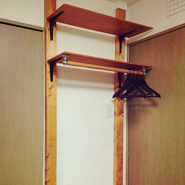 女性で、1LDKのディアウォール/ハンガーラック/DIY/棚についてのインテリア実例を紹介。(この写真は 2015-02-19 14:03:35 に共有されました)