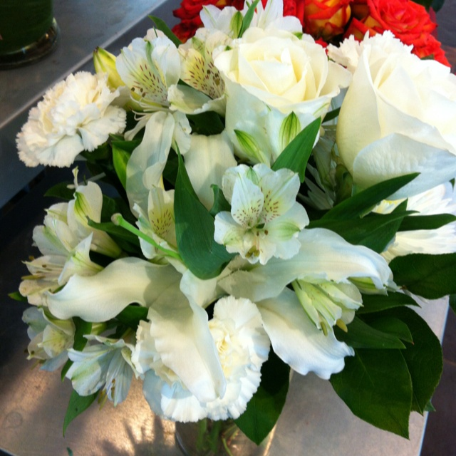 White alstroemerias and roses