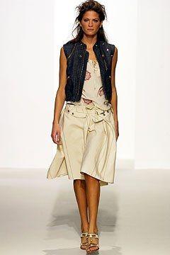 Marni Spring 2003 Ready-to-Wear Fashion Show - Frankie Rayder, Consuelo Castiglioni