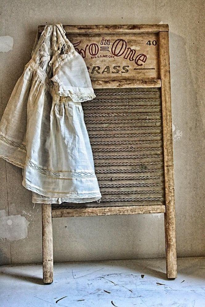 Inspiration i vitt: Lantlig tvättstuga....