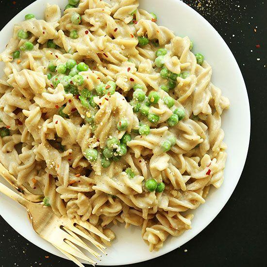 Easy Vegan Alfredo | Minimalist Baker Recipes