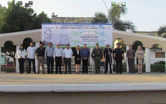 Conmemora Ayuntamiento de San Fernando el centenario de la Constitución Política de los Estados Unidos Mexicanos - http://www.esnoticiaveracruz.com/conmemora-ayuntamiento-de-san-fernando-el-centenario-de-la-constitucion-politica-de-los-estados-unidos-mexicanos/