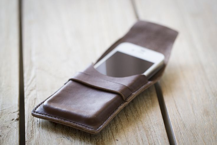 handgenaaid Iphone tasje