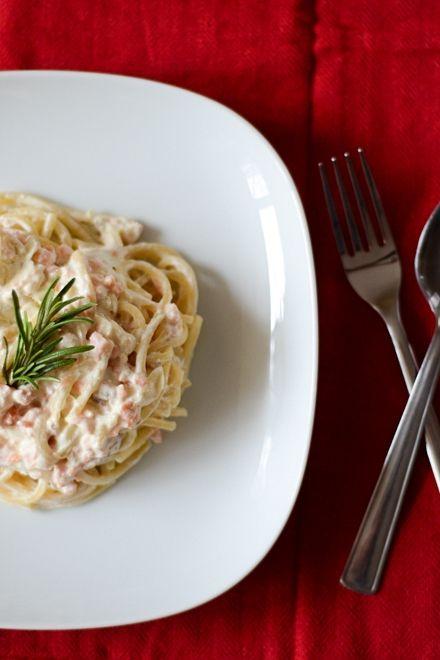 Spaghete cu somon afumat şi smântână | Anason cu lapte