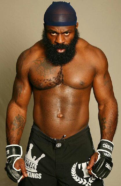 "King Mo ""Imagine me vs. Kimbo Slice?"" Bellator allows King Mo to box; wants title"