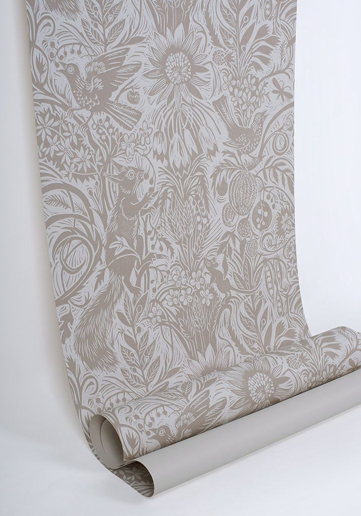 Mark Hearld's Squirrel and Sunflower wallpaper from his original linocut http://www.stjudesfabrics.co.uk/collections/mark-hearld/products/squirrel-and-sunflower