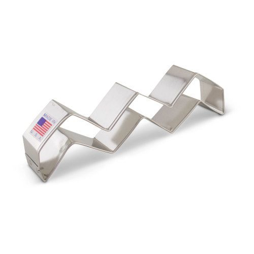 """Chevron cookie cutter,  zigzag cookie cutter, metal 5 1/8"""" Made in the USA zig zag"""