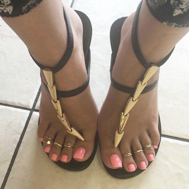 Ebony Sexy Foot Toe
