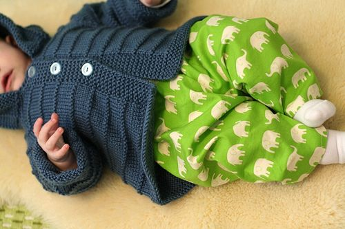 Tutorial to sew easy baby and kid pants