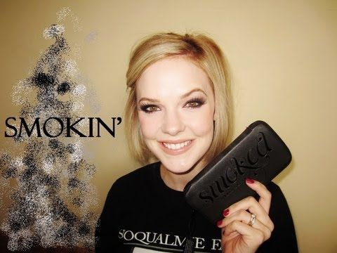 VIDEO TUTORIAL ▶ Urban Decay SMOKED Palette Tutorial - YouTube by #mallory1712 :: Good technique for applying lid color to achieve a subtle cat eye. Also uses the green shade Loaded as liner!