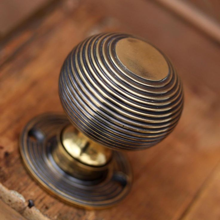 Best 25 Antique brass door knobs ideas on Pinterest Antique