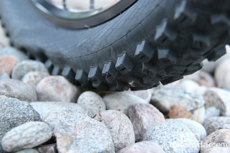 Mountain bike tyre pressure - all you need to know
