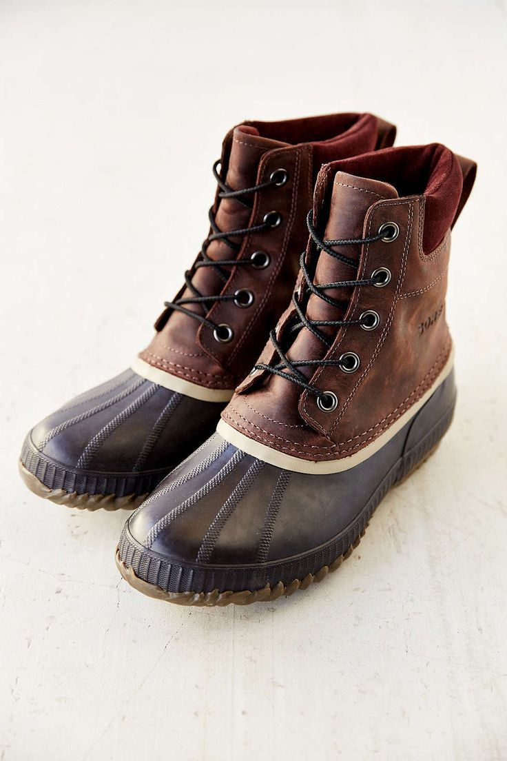 Sorel Duck Boot from Urban Outfitters men's size 7 in BROWN or TAUPE