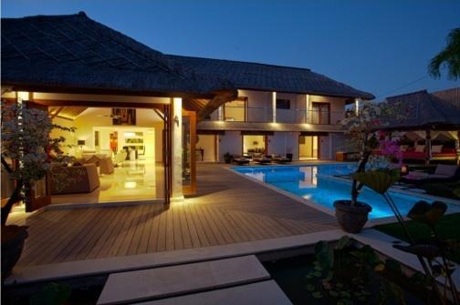 Bali Beachfront Villas for Rent