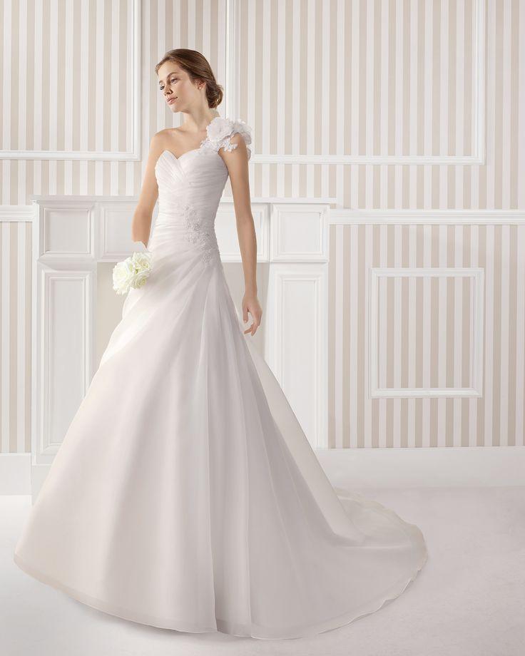 7S101 EBANO | Wedding Dresses | 2015 Collection | Luna Novias