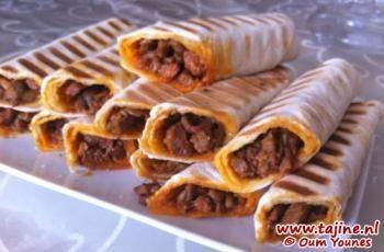 Gegrilde tortillas gevuld met shoarma