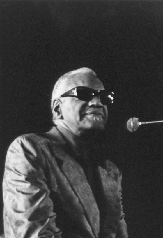Ray Charles at the Remparts de Mousserolles in Bayonne on July 18, 1992. Photo by Jacques Merle.