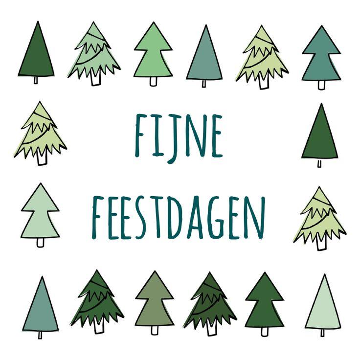 Een kader van winterse dennenbomen om fijne feestdagen te wensen. Deze kerstkaart is verkrijgbaar bij #kaartje2go voor €1,89