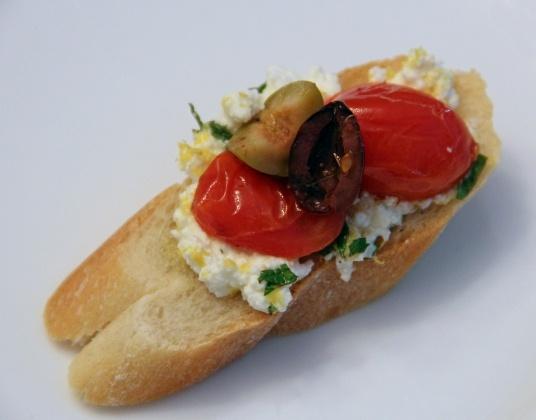 Roasted Tomatoes with Olives and Lemony, Minty Ricotta Bruschetta ...