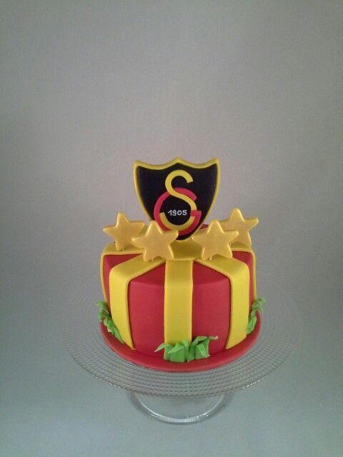 Football team Galatasaray birthday cake