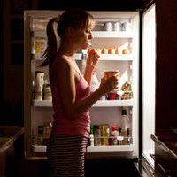 10 Healthy Midnight Snacks That Are Easy To Make From SymptomFind.com