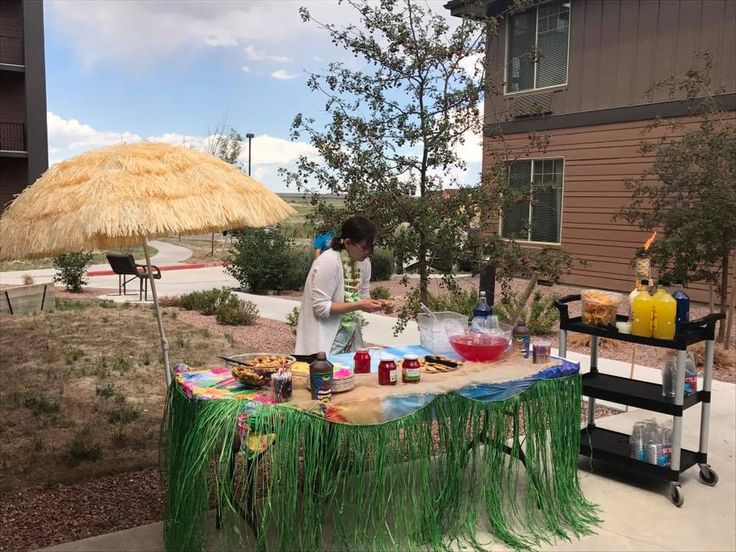 Its A Great Day At Bonaventure Of Pueblo Their Awesome Luau Party Was An Exciting