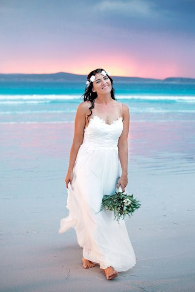 Perfect Beach Wedding. Bremer Bay, Western Australia. Photographica by Kirsten Sivyer