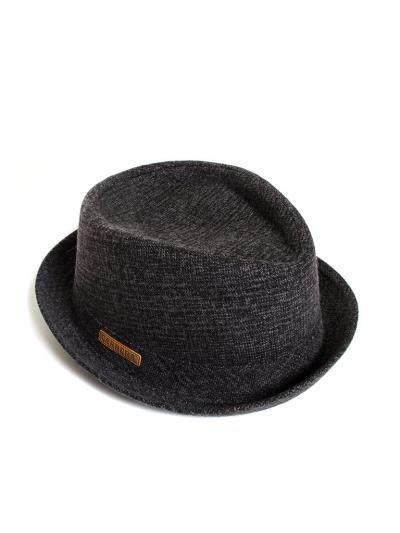 Cappello in stoffa
