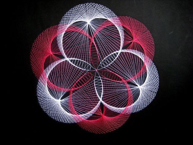Wanddeko - Fadengrafik - Blume - - ein Designerstück von StringART bei DaWanda