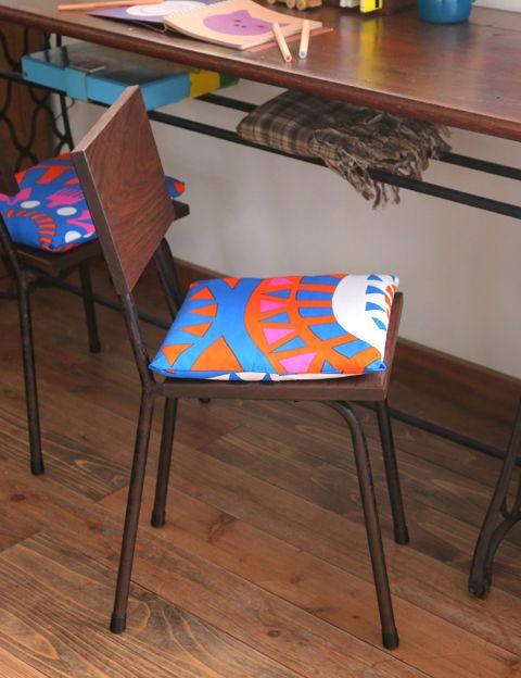 作り方簡単!初めてでもできるインテリアに役立つ手作り布小物たち ... 作り方簡単。手縫いでもミシンでもできる座布団カバー