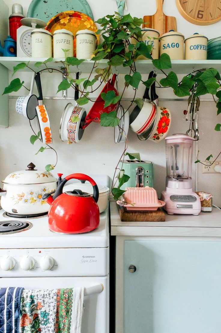 Bec's Sugar Shack colourful vintage kitchen with plants and enamel