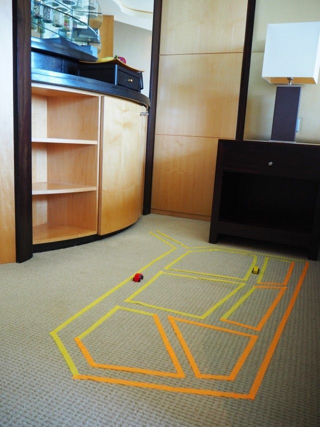 Lots of really cute, easy to pack Kids Hotel Games and activities. Great for family vacation and roadtrips.