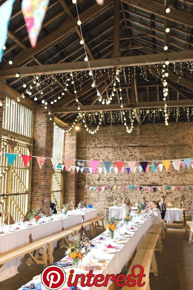 35 Beautiful Wedding Bunting Ideas for your Big Day   Weddings are all about cel