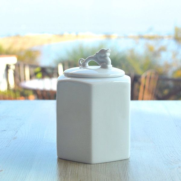 Hexagonal Porcelain Storage Jar With Elephant Or Dragon Lid (small) (u20ac35)