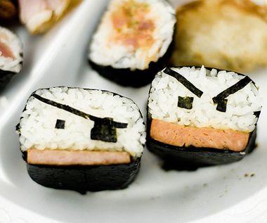 Pirate Sushi: Pirates Sushi, Make Sushi, Fun Sushi, Bento Art, Food Yummy, Birds Sushi, Food Art, Bento Yummy, Sushi Art