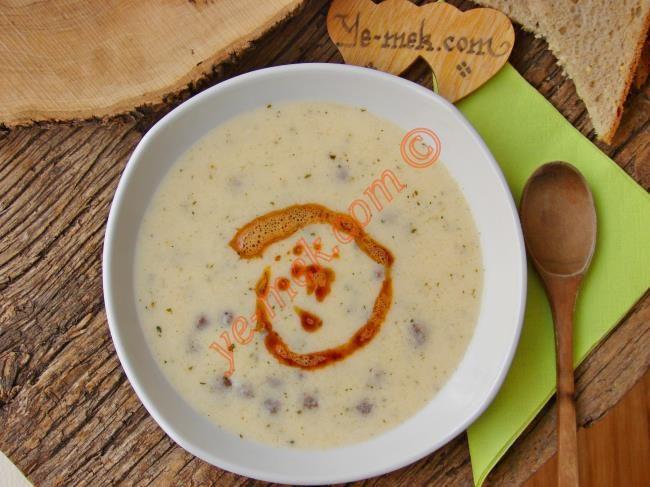 Misket Köfteli Yoğurt Çorbası Resimli Tarifi - Yemek Tarifleri
