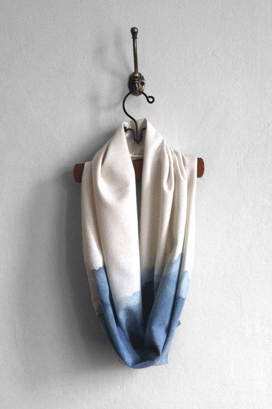 Argaman Defiance | Blue and White Horizon Infinity Scarf