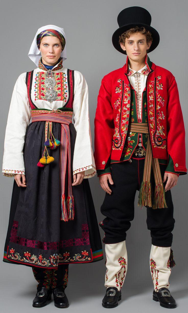 Øst-Telemark Raudtrøyebunad og Øst Telemark herre fra 1750